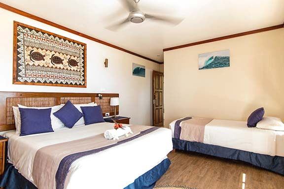 Pool-Suite-Namotu-Island-accommodation