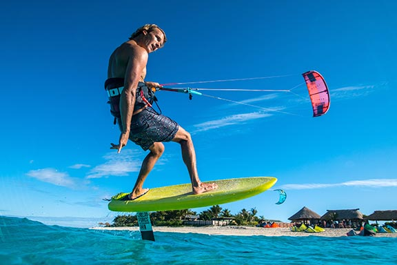 man-kite-surfing-with-foil-at-namotu-island-fiji