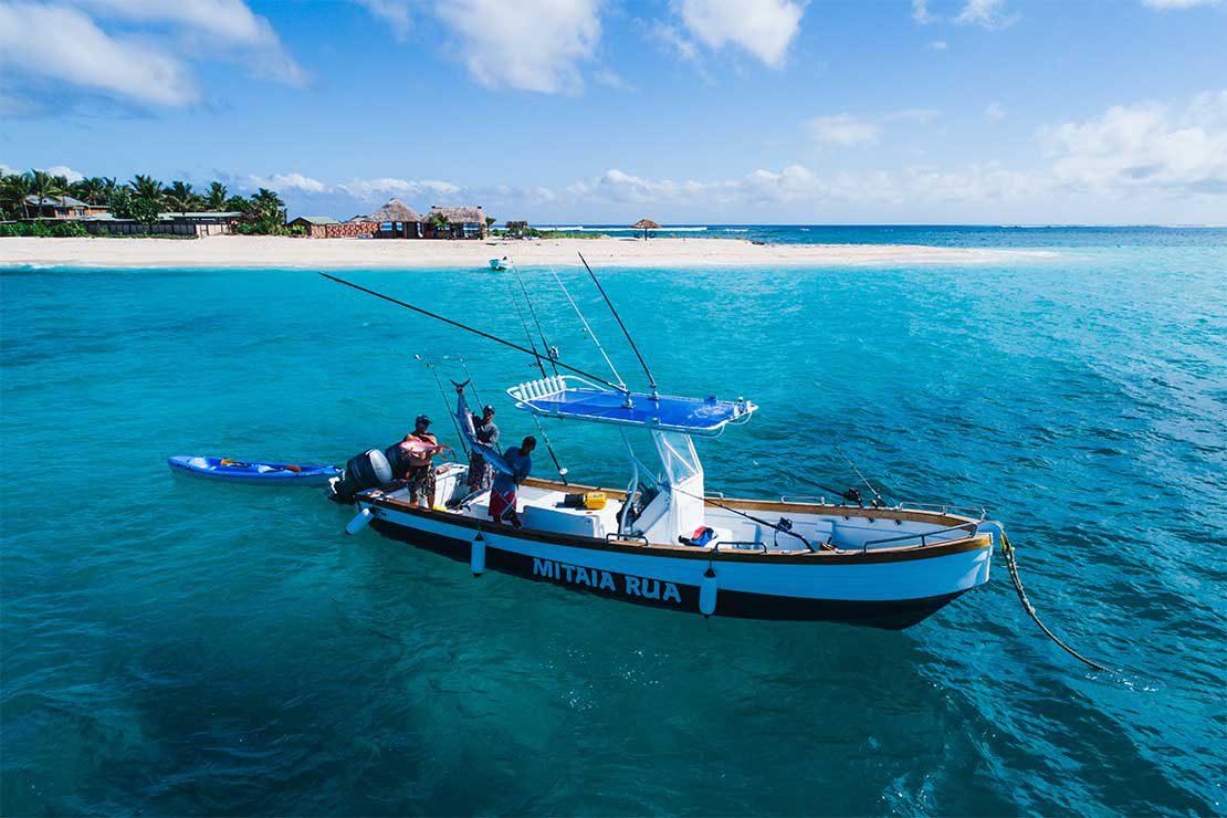 mitaia-rua-fishing-charter-boat-namotu-island-fiji