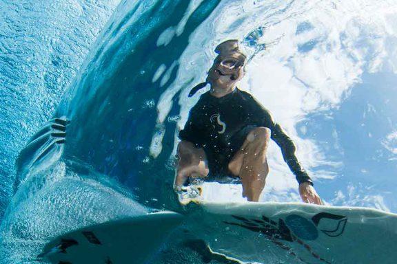 namotu-island-surfing-underwater-image-of-surfer-banner