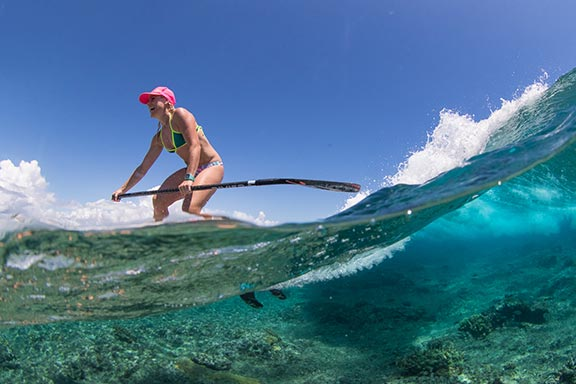 woman-sup-stand-up-paddle-boarding-at-namotu-island
