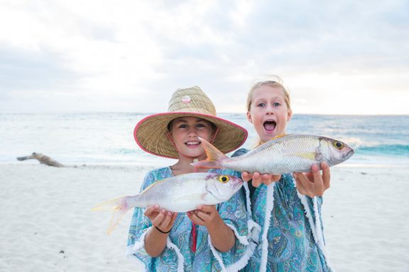 girls kids namotu fishing children resort family friendly