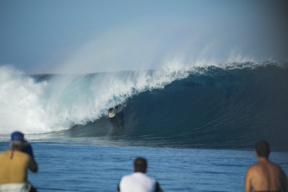 cloudbreak fiji barrel joli stu gibson
