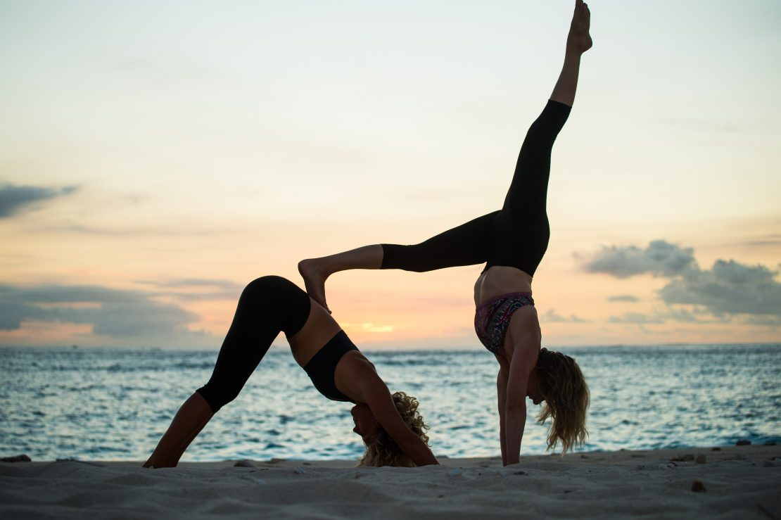 acro yoga namotu